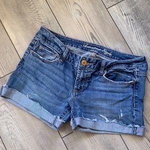 American Eagle favorite boyfriend cutoff shorts